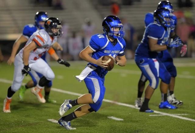 Backup+quarterback+Tanner+Jones+steps+in.+
