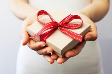 Follow these simple steps  to give the best gifts ever!