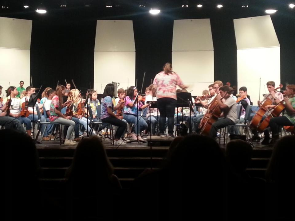 Orchestra+Impresses+at+End+of+Year+Concert