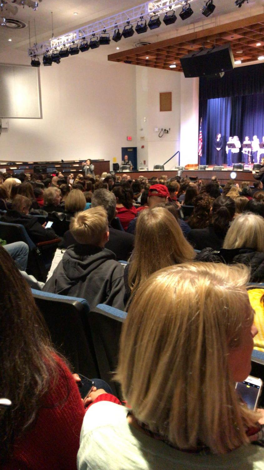 Photo of the crowd taken by H. Drembus