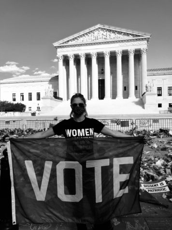 Photo credit to Juliette Fore. Fore is pictured at the front of the Supreme Court.